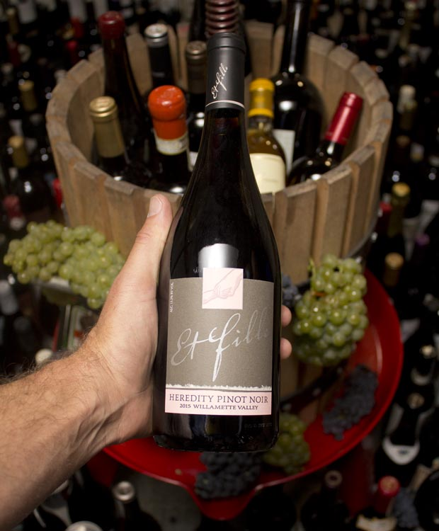 Et Fille Pinot Noir Heredity Willamette Valley 2015